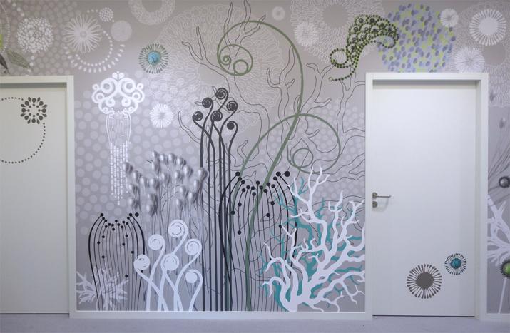 """Fresque monumentale """"Abysses"""", une création graphique inspirée des fonds marins. Création murale sur mesure et personnalisée. Design mural de Sophie Briand."""