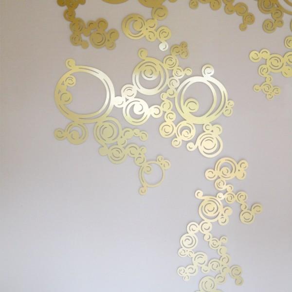 décoration murale design, décor mural en métal découpé, décoration en métal ajouré. Design Sophie Briand