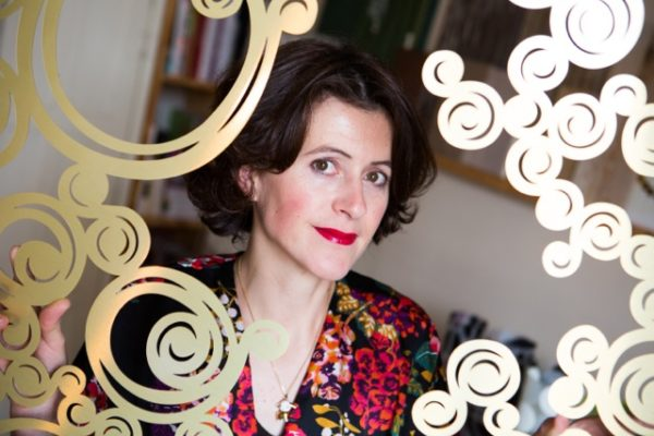 Sophie Briand, designer graphique à Rennes. Créateur de décors muraux panoramiques. Création de motifs pour la décoration murale.