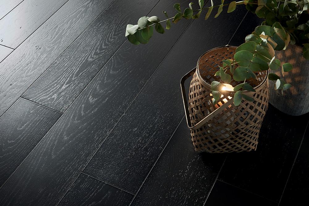 """Parquet en chêne """"Granit"""", collections Panaget. Fabriqué en France."""